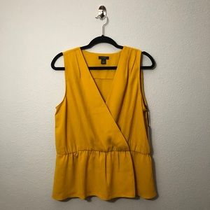 NWT Halogen Sleeveless Blouse